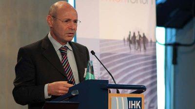 """ד""""ר אנדי וולף מרצה בכנס בגרמניה"""