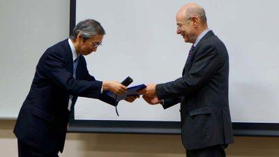 """ד""""ר אנדי וולף מרצה בכנס ביפן"""